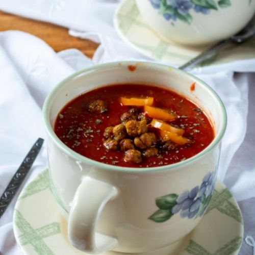 Tomato Soup & Crunchy Chickpeas