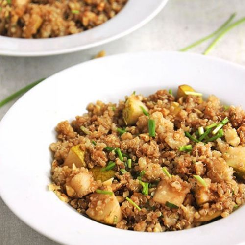 Quick quinoa & pear salad