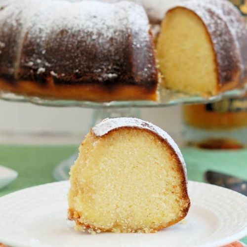 Honey-Kissed Irish Whiskey Cake
