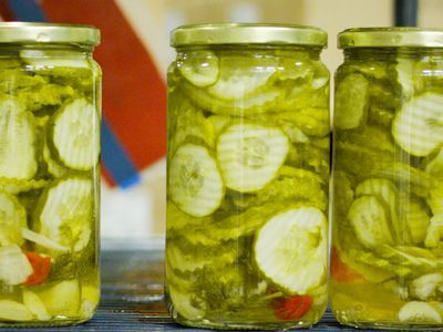 Watch: Inside the Factory That Churns Out 6,500 Jars of Pickles Daily