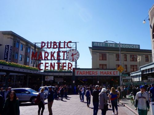 The Greatest Places to Eat in Seattle's Greatest Tourist Trap