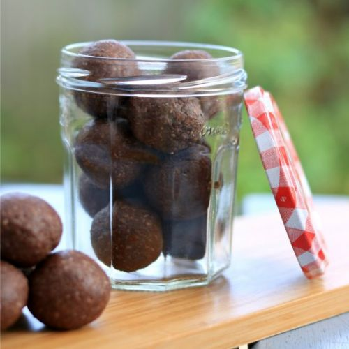PB Chocolate Bliss Balls