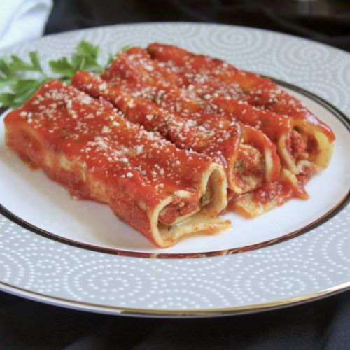Manicotti filled with 3 cheeses