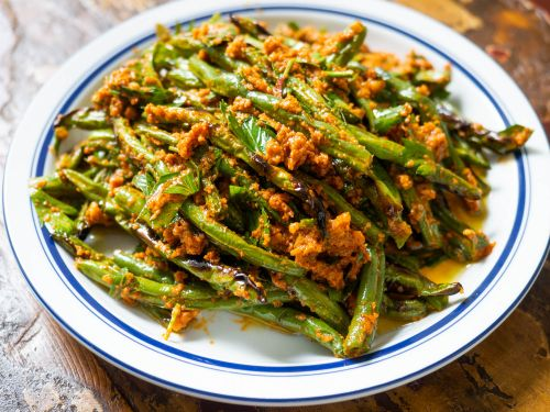 """""""Dry-Fried"""" Green Beans With Romesco Sauce"""