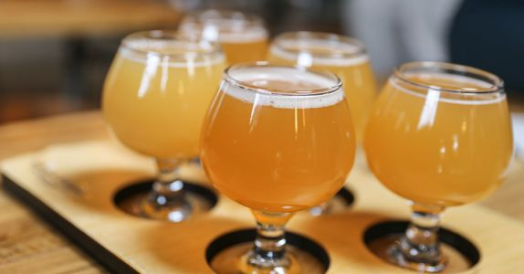 We Asked 12 Brewers: What Brewery Makes the Best Hazy IPAs?