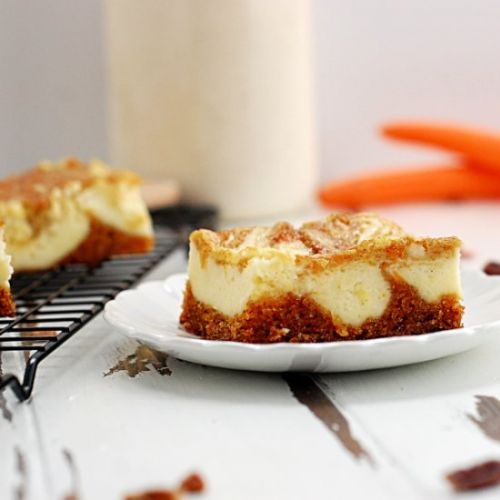 Carrot Cake Cheesecake Bars