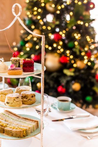 Everything You Need for the Perfect Holiday Tea