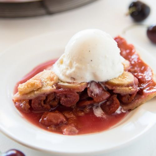 Gluten Free Vegan Cherry Pie