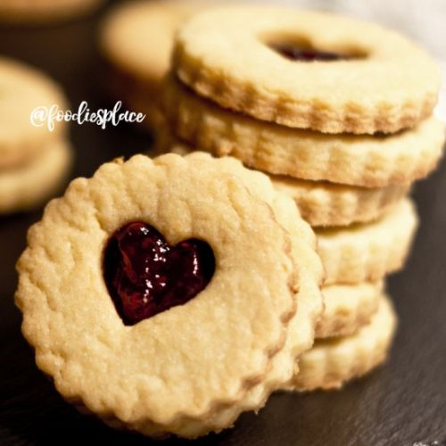 """LOVABLE"" SHORTBREAD COOKIES"