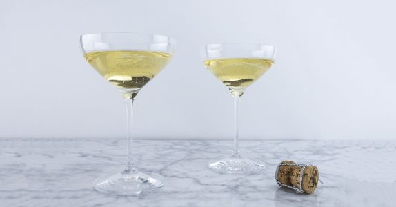 Best Coupe Glasses For Champagne, Cocktails, or Just Feeling Fancy