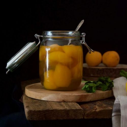 Homemade Canned Peaches