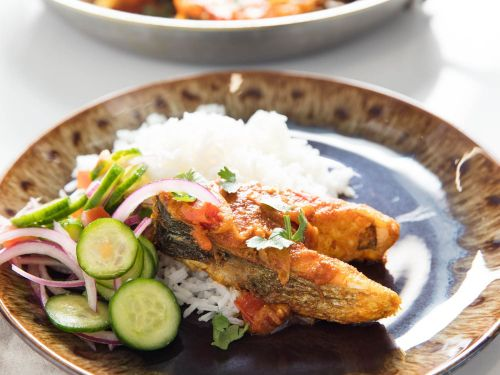 Bengali-Style Fried Fish in Onion and Tomato Curry