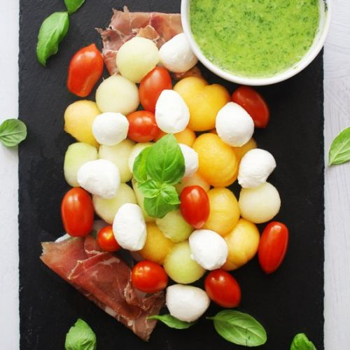 CAPRESE MELON SALAD WITH BASIL
