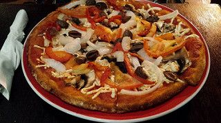 Eating Out: Pitstop Pizza, Crust, Pizza Capers