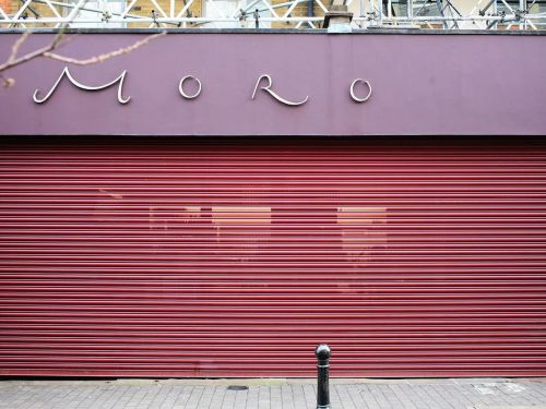 London Restaurants and Pubs May Not Reopen 'Until May'