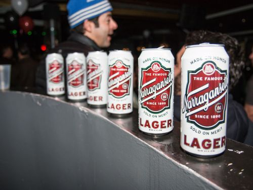 Why So Many Beers Have Retro-Looking Cans