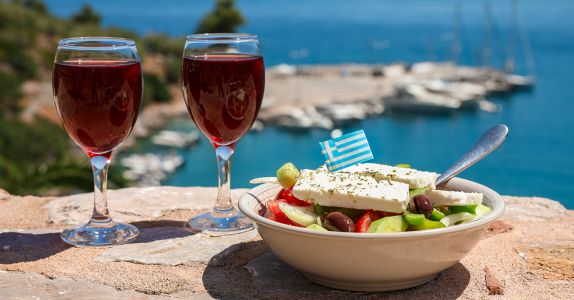 New Study: Mediterranean Diet, Daily Glass of Wine May Lower Depression Risk