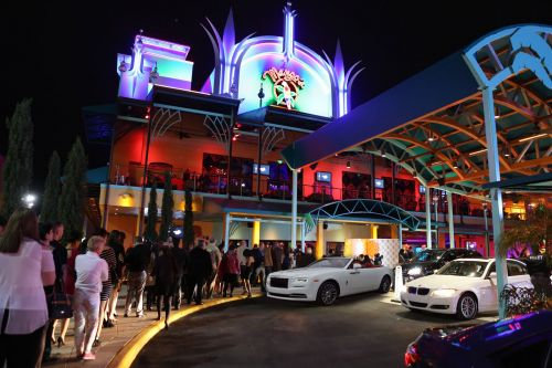"""Mango's Tropical Café Orlando Announces The All-New, Electrifying, Complimentary """"Dinner & Show After Party"""" Where Guests Dance With And Meet The Stars"""