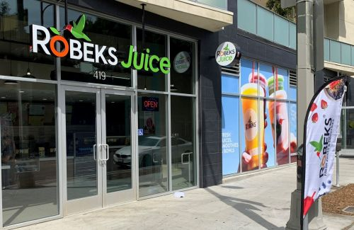 Sip, Sip Hooray in Downtown LA - Robeks to Host Week-long Grand Opening Party