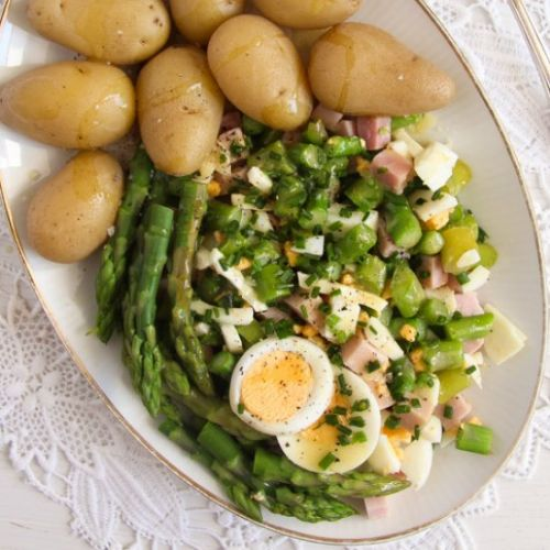Asparagus Salad with Eggs and Ham