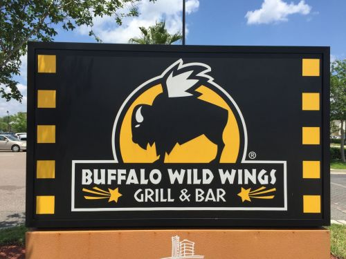 Kansas Buffalo Wild Wings Accused of Denying Service to Black Customers