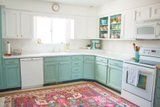 With Just $250, 1 Woman Completely Transformed Her Drab Kitchen