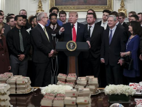 Trump Shuns White House Chefs in Favor of Fast Food for Football Players