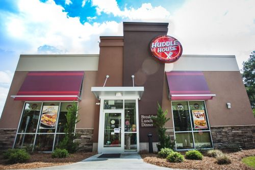 Huddle House Unveils Emergency Franchisee Relief Plan