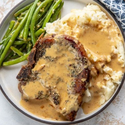 Pork Chops with Creamy Herb Sauce