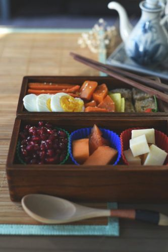 How to Make a Delicious Vegetarian Bento Box
