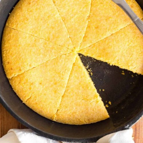 The Best Skillet Cornbread