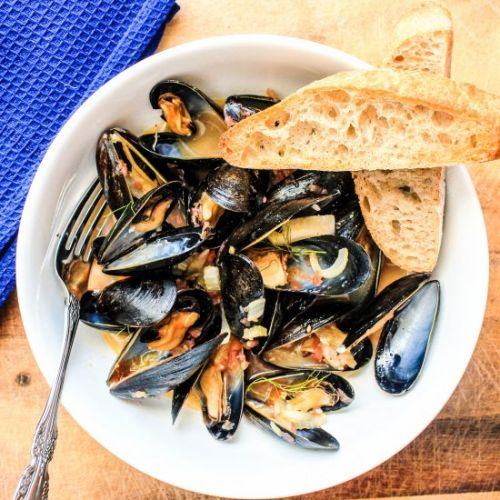 Mussels in Tomato Fennel Broth