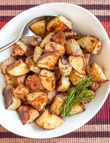 Rosemary Roasted Potatoes Are So Crispy, They Taste Deep-Fried
