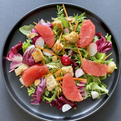 MIXED LEAF SALAD WITH GRAPEFRUIT AN