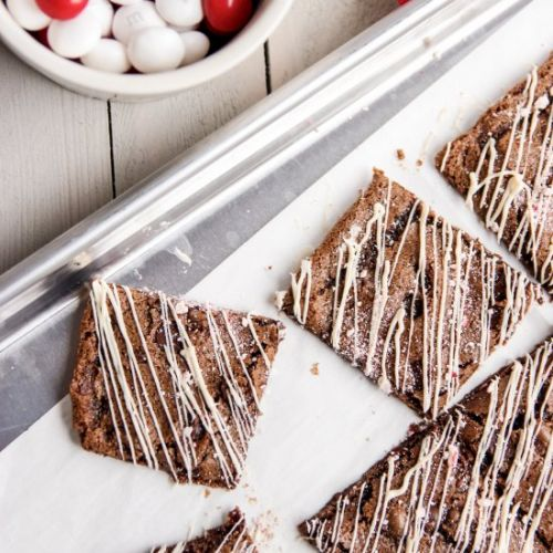 Peppermint Brownie Bark