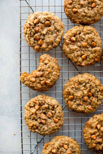 Soft & Chewy Oatmeal Scotchies