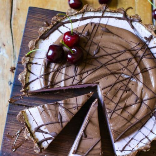No-Bake Frozen Cherry Chocolate Pie