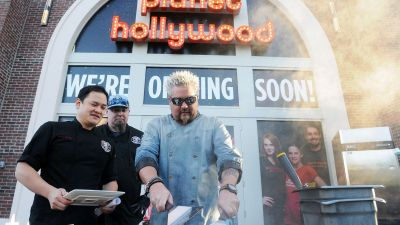 Dr. Fieri Saves Disney Restaurant by Injecting 10 CCs of Donkey Sauce