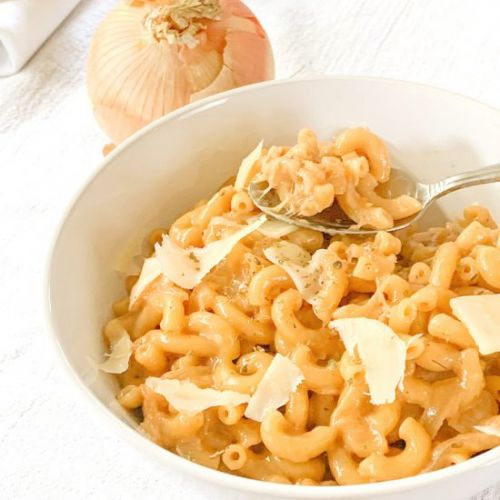 One Pot French Onion Mac and Cheese