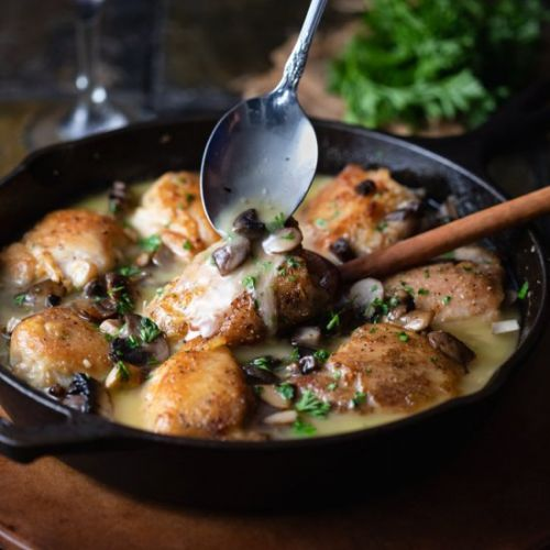 Baked Chicken Thighs in Wine Sauce
