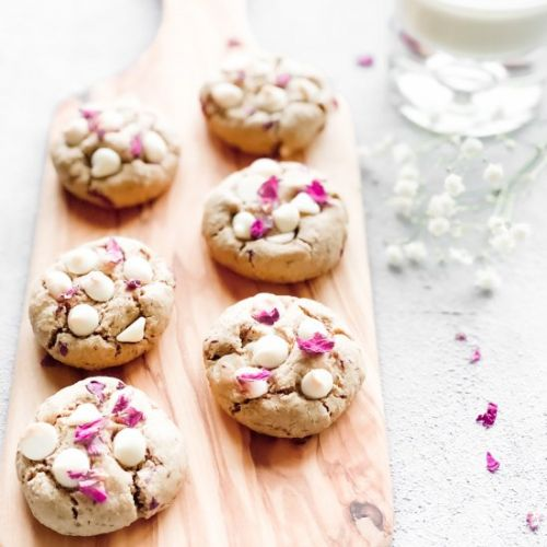 Rose White Choc Chip Oat Cookies