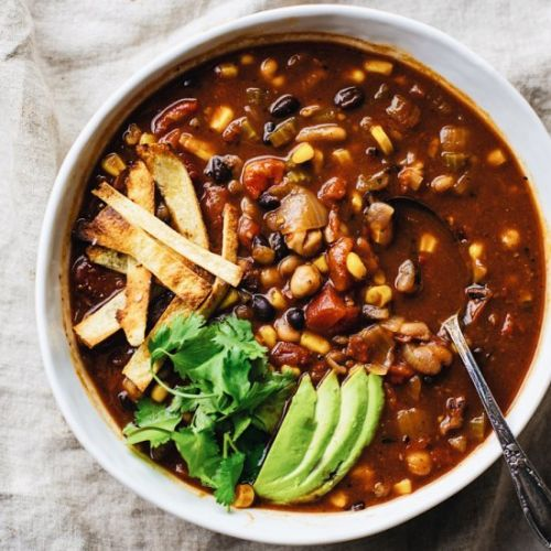 Healthy Vegetarian Tortilla Soup