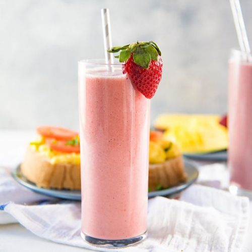 Almond Strawberry Smoothie
