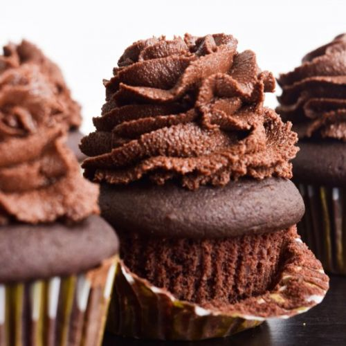 The Best Vegan Chocolate Cupcakes