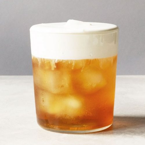 Earl Grey Iced Tea with Cream Froth