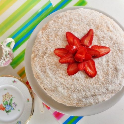 Strawberry-coconut Cake