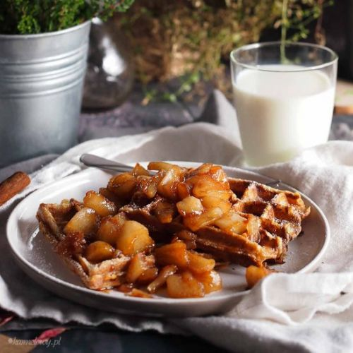 French toast waffles with apples