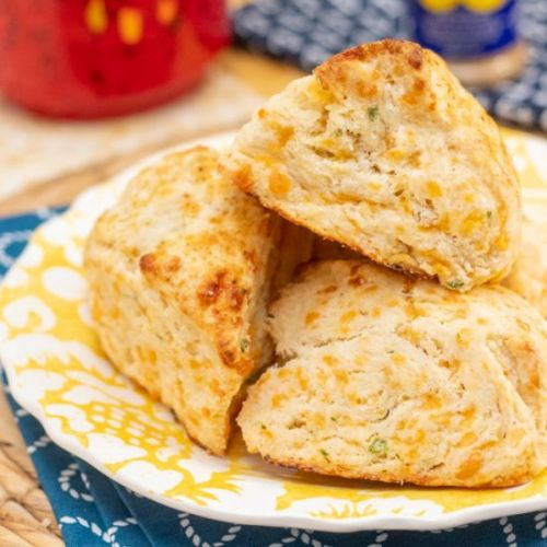 Chesapeake Cheddar & Chive Scones