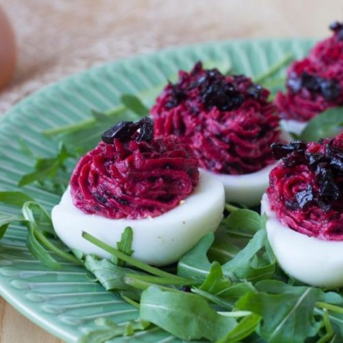 Beetroot stuffed eggs