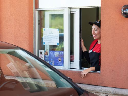 In the Dystopian Future, Fast-Food Chains Will Track Your License Plate Number